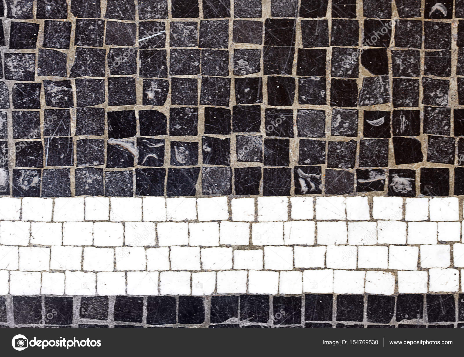 Zwarte mozaïek ceramiektegel textuur achtergrond u stockfoto