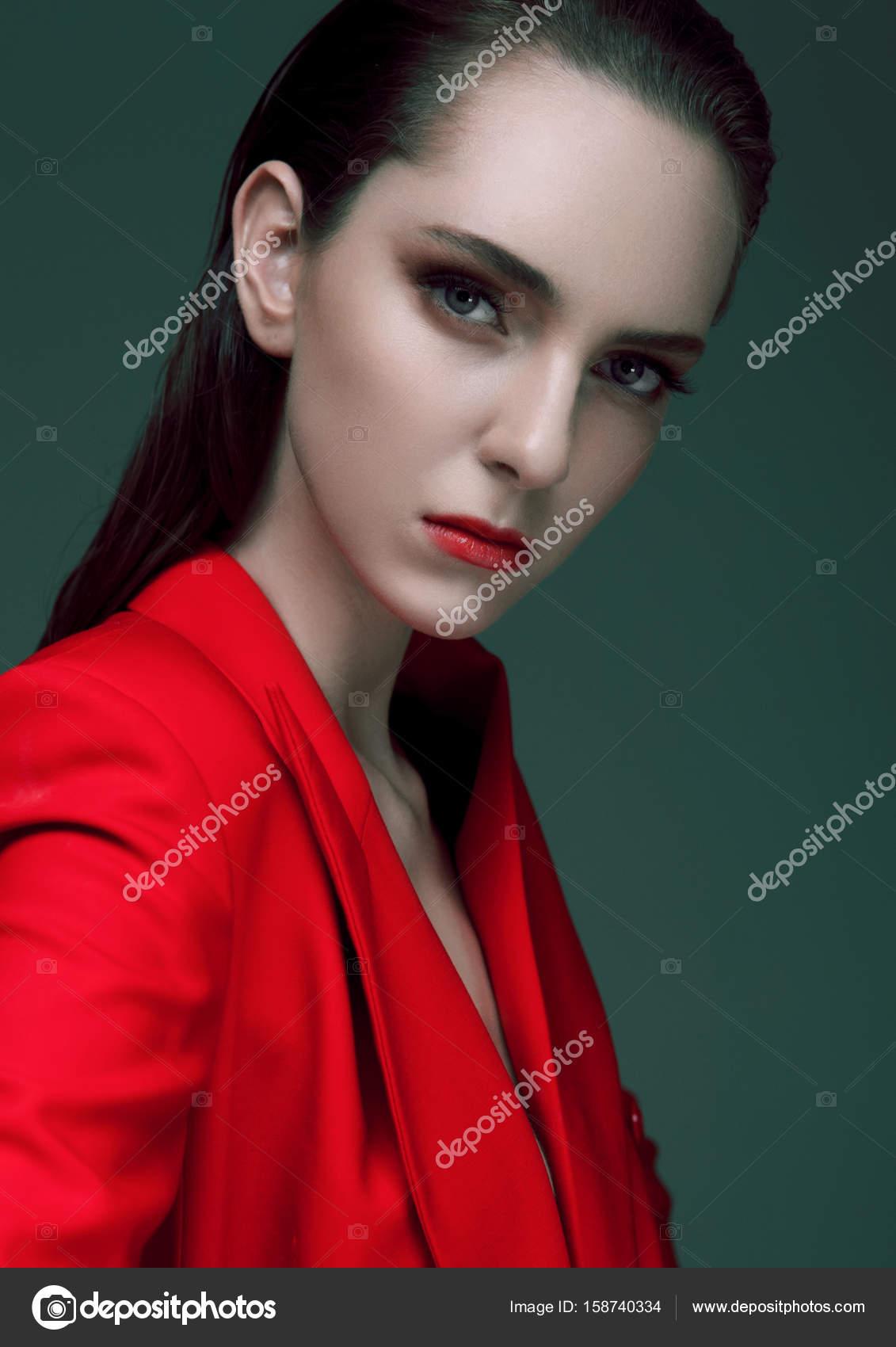 Abrigo pelo largo rojo