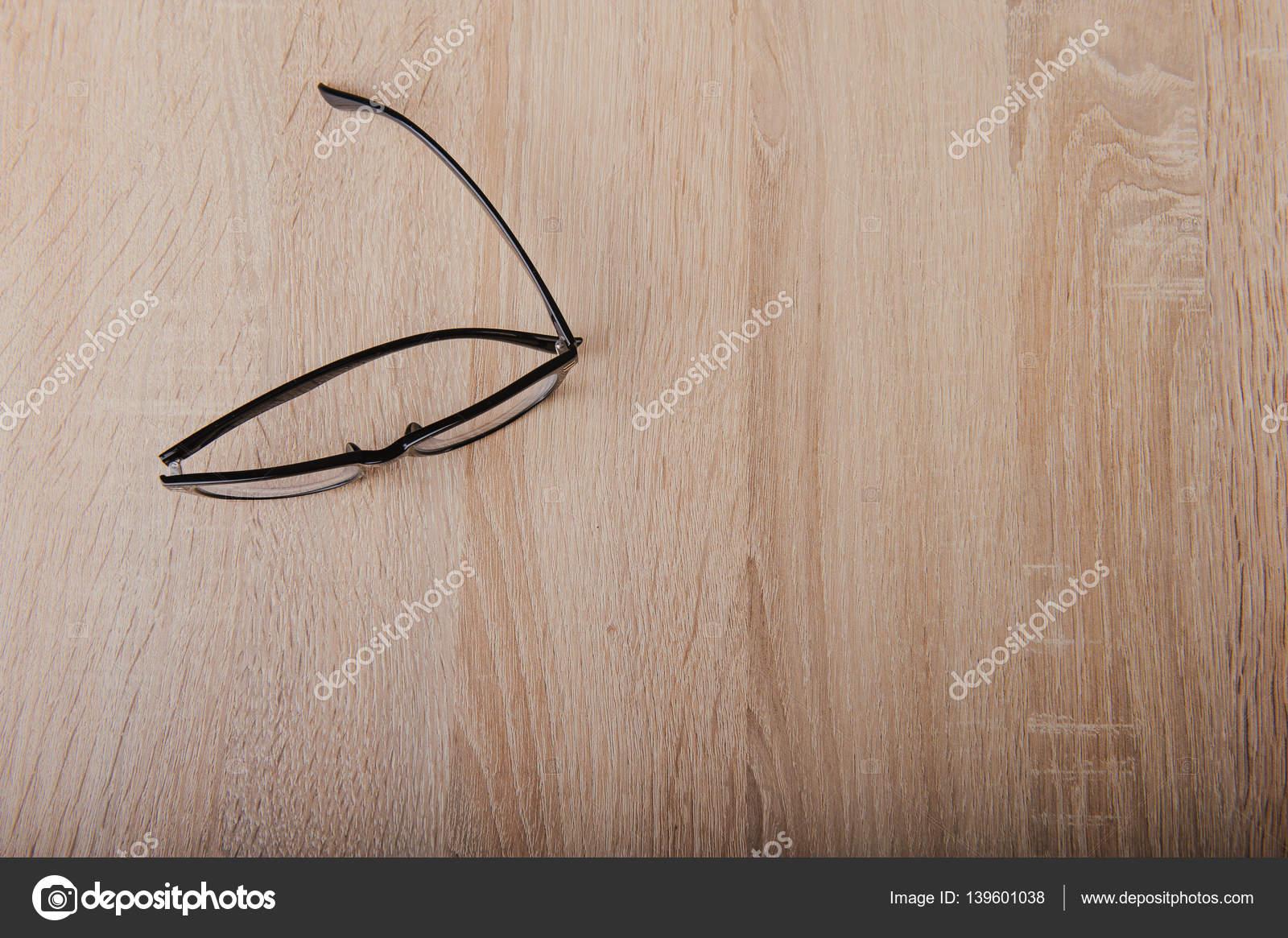 Verres de lunettes claires avec cadre noir fashion style vintage