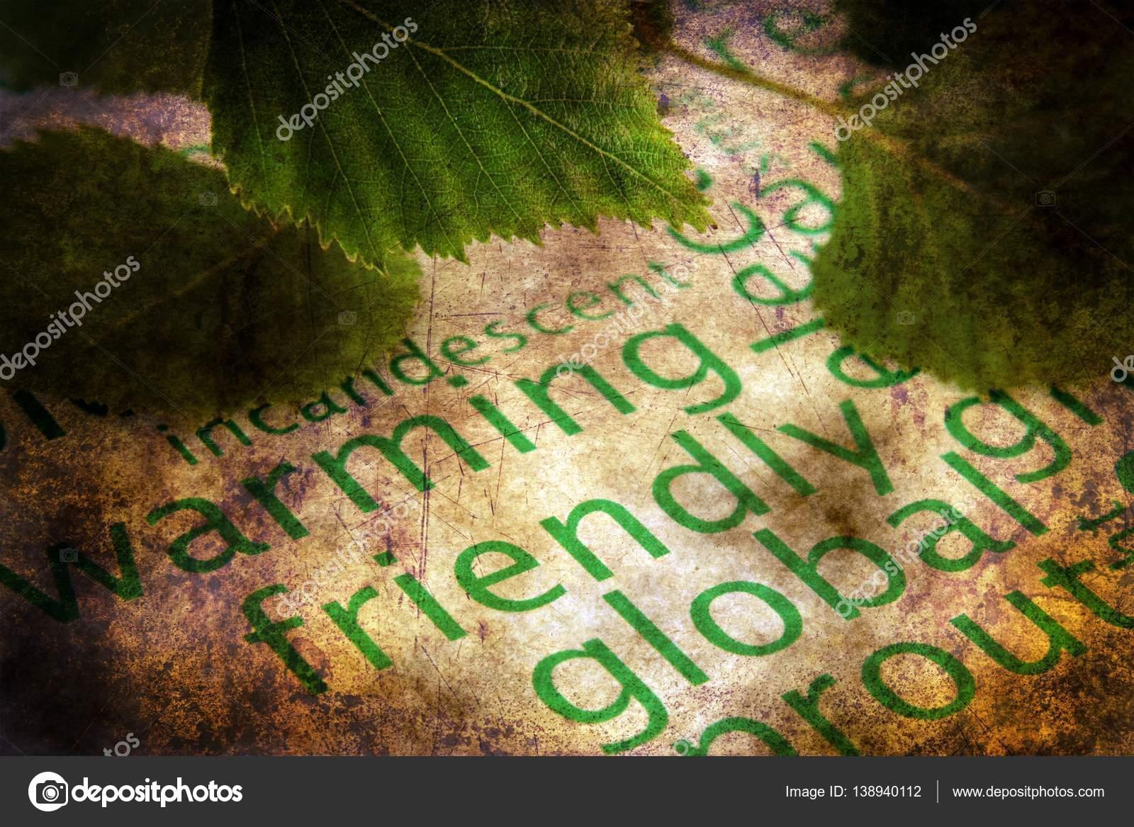Hojas verdes y concepto grunge calentamiento global — Foto de stock ...