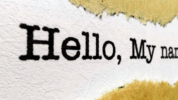 Hello a nevem