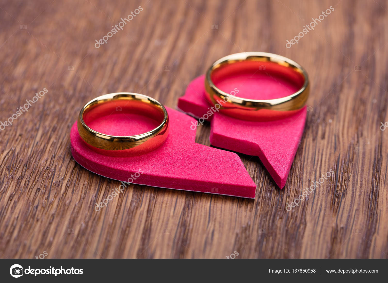 download photography royalty devotion of illustration gold free rings wedding stock broken