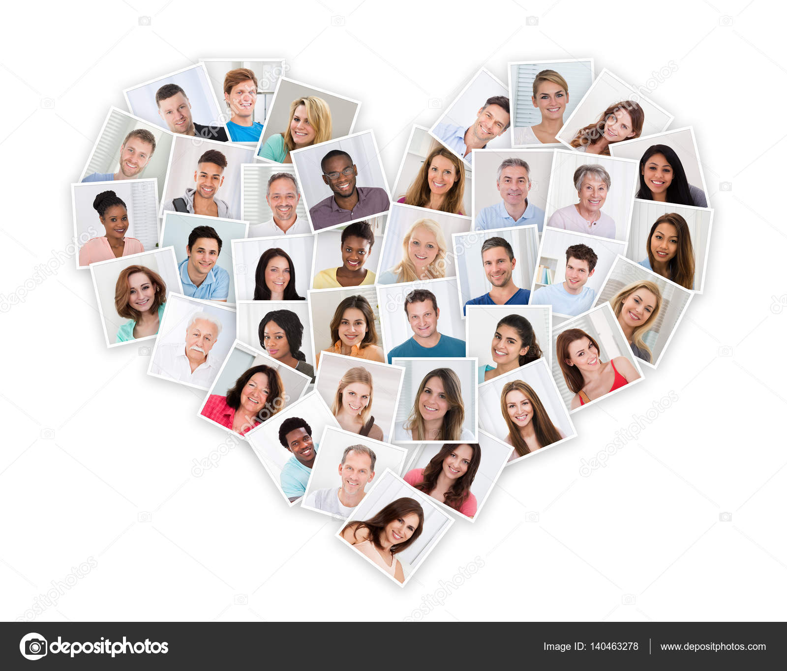 Grupo Personas Multiétnicas Forma Corazón Foto De Stock