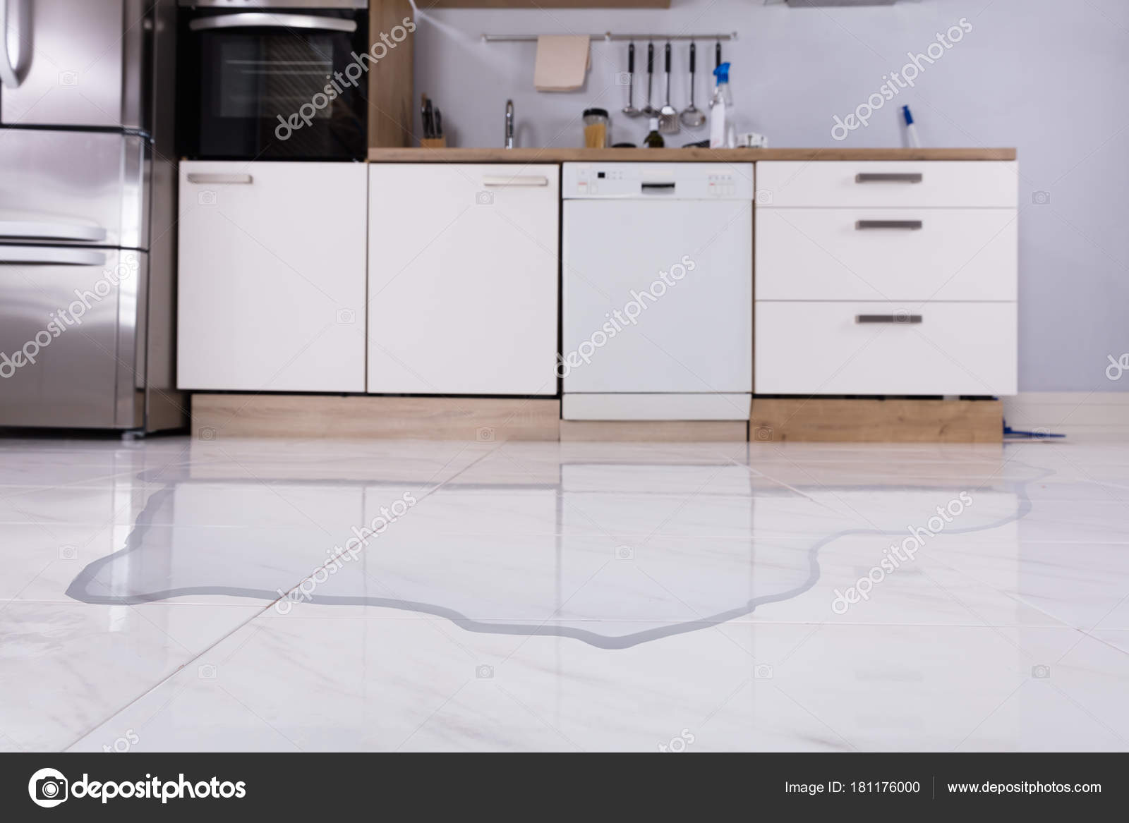 Close Spilled Water Kitchen Floor Home — Stock Photo © AndreyPopov ...