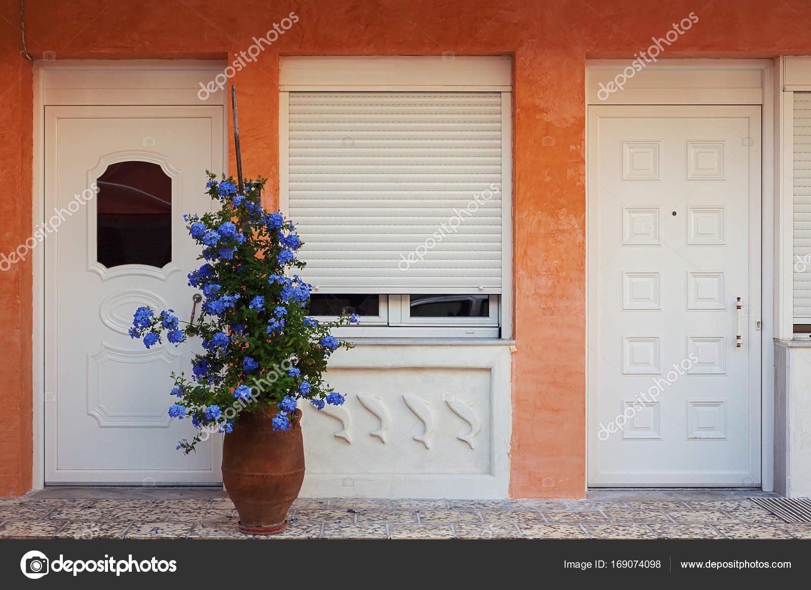 Griekse huis decoratie u stockfoto krsmanovic