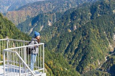 Woman travels to Tateyama mountain range