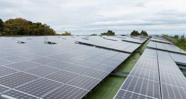 Solar power panel station