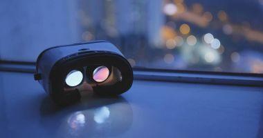 Virtual reality device at night