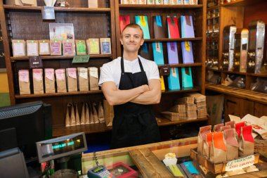 salesperson in coffee store