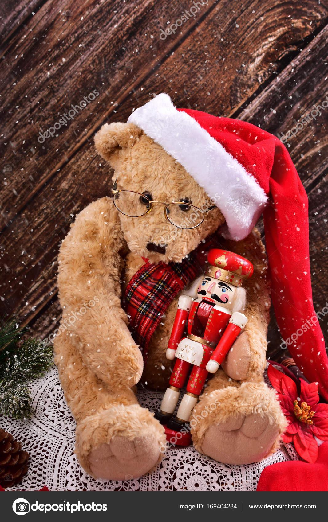 Teddy Weihnachten.Weihnachten Teddy Bear Mit Vintage Nussknacker Stockfoto
