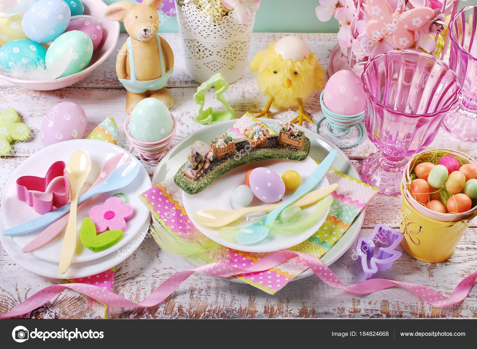 Easter table setting for kids in pastel colors u2014 Stock Photo & easter table setting for kids in pastel colors u2014 Stock Photo ...
