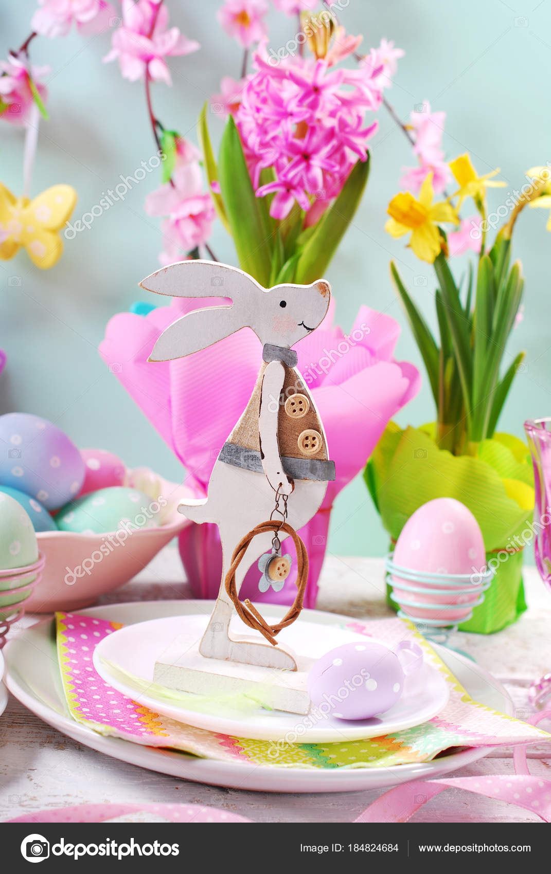 Easter table setting for kids in pastel colors \u2014 Stock Photo  sc 1 st  Depositphotos & easter table setting for kids in pastel colors \u2014 Stock Photo ...