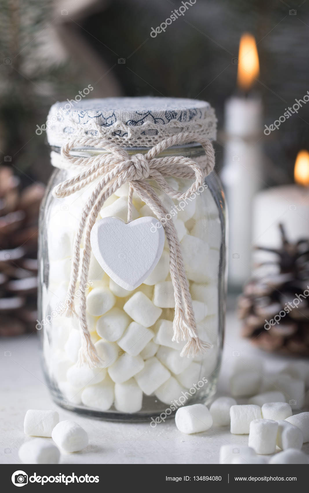 Gift glass jar with marshmallows for Christmas — Stock Photo ...