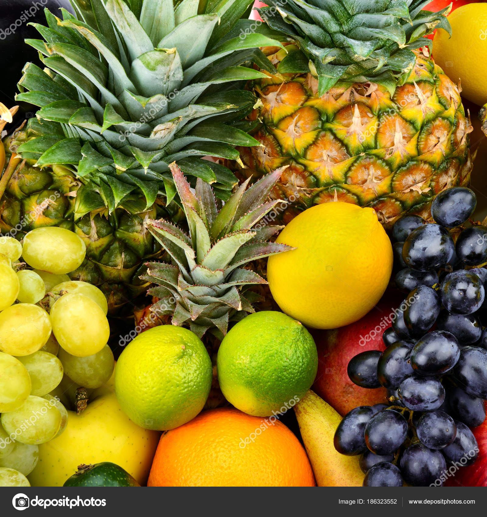 Фрукты и овощи . — Стоковое фото © Serg64 #186323552