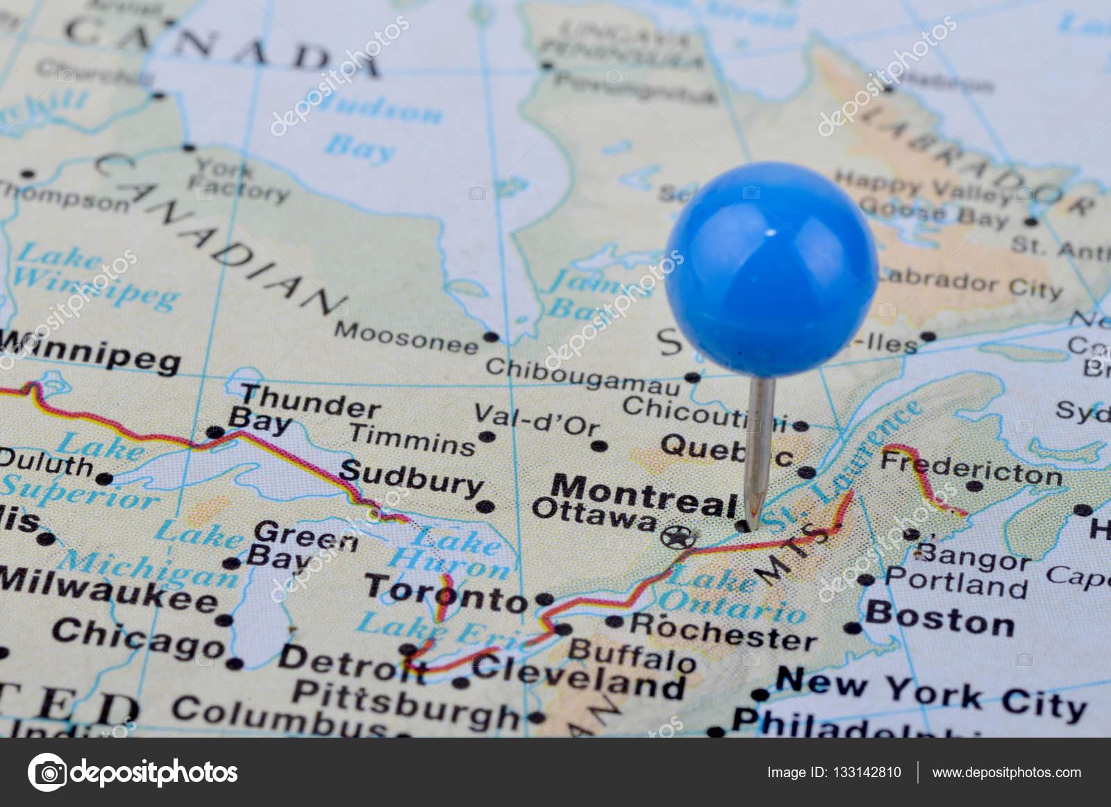 Tiro de macro de un mapa de la ciudad de montreal canad fotos de tiro de macro de un mapa de la ciudad de montreal canad fotos de stock gumiabroncs Choice Image