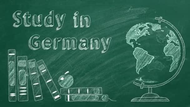 A Tanulmány Németországban felirat, a forgó földgömb és a tankönyvek krétával vannak rajzolva egy táblán. Külföldi tanulás fogalma.