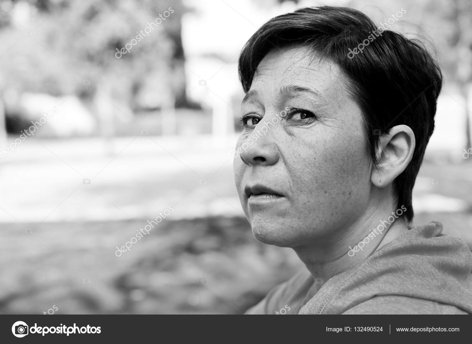 Portrait of beautiful 45 years old woman — Stock Photo