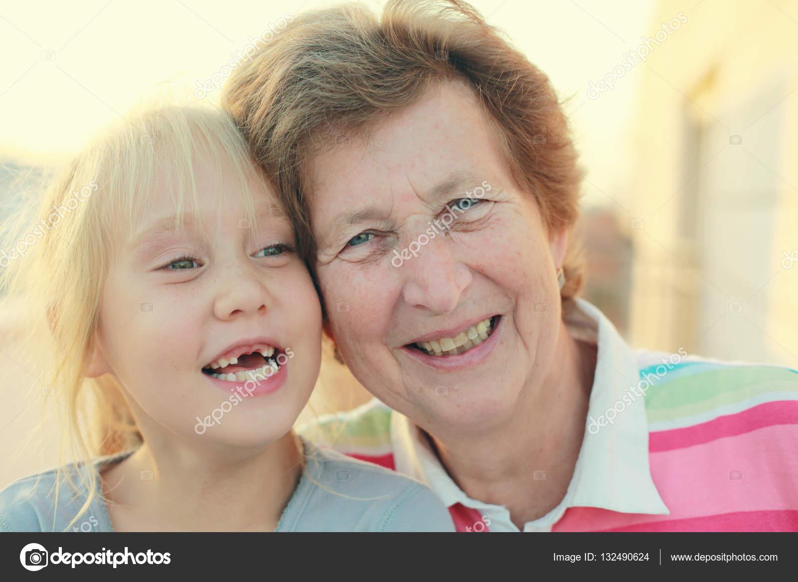 contactos mujeres 70 anos