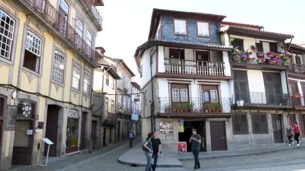 Guimarães Portugal Cerca Abril 2018 Plaza Oliveira Centro Histórico  Guimarães ... 6c658e37c568b