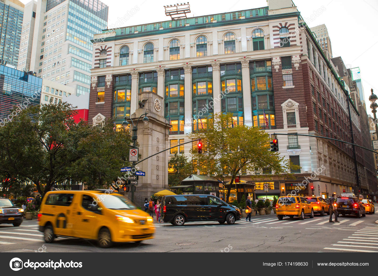 Macy\'s Department Store NYC – Stock Editorial Photo © littleny ...