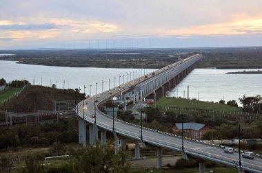 Khabarovsk bridge across the Amur River as a 5 thousandth bank note