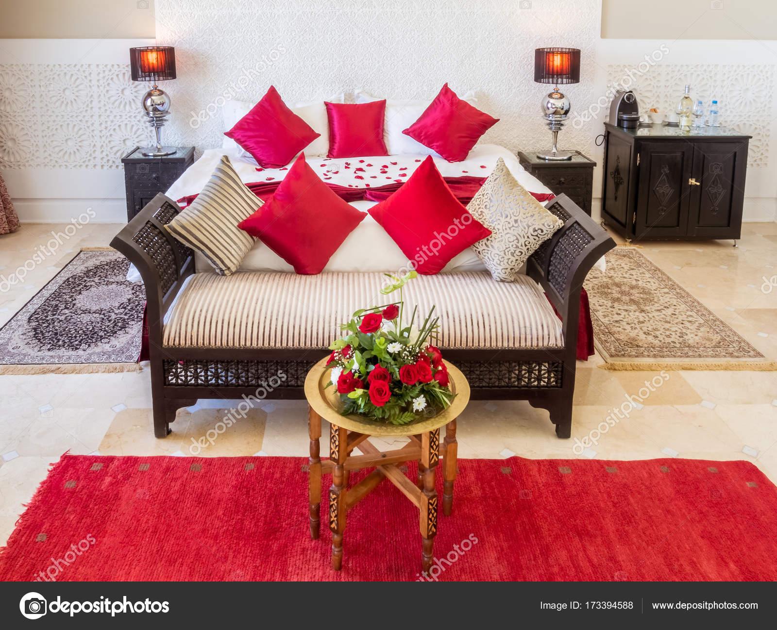 Camera Da Letto Stile Marocco : Suite con camera marocchina u2014 foto stock © pierivb #173394588