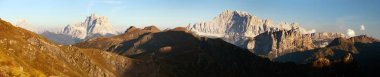 Evening panoramic view of mount Civetta and mount Pelmo