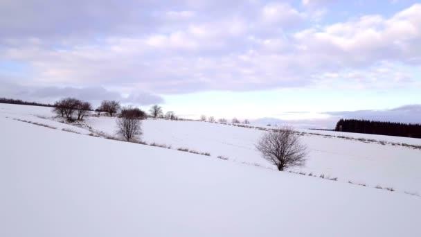 schöne ländliche Landschaft Winterlandschaft