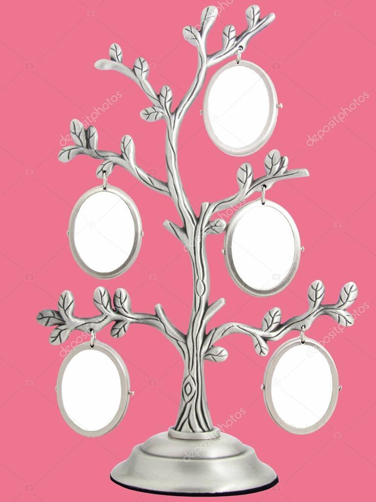 Marcos para fotos en un árbol de la casa de la familia — Foto de ...