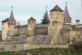 Kamianets Podilskyi fortezza costruita nel XIV secolo. Vista del