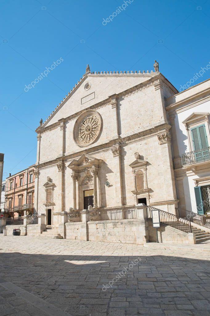 Cattedrale di acquaviva delle fonti puglia italia foto for Monolocale arredato acquaviva delle fonti