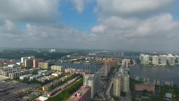 360 Panorama Luftaufnahme von Sunny Isles Beach in Miami. Direkt am Meer-Luxus