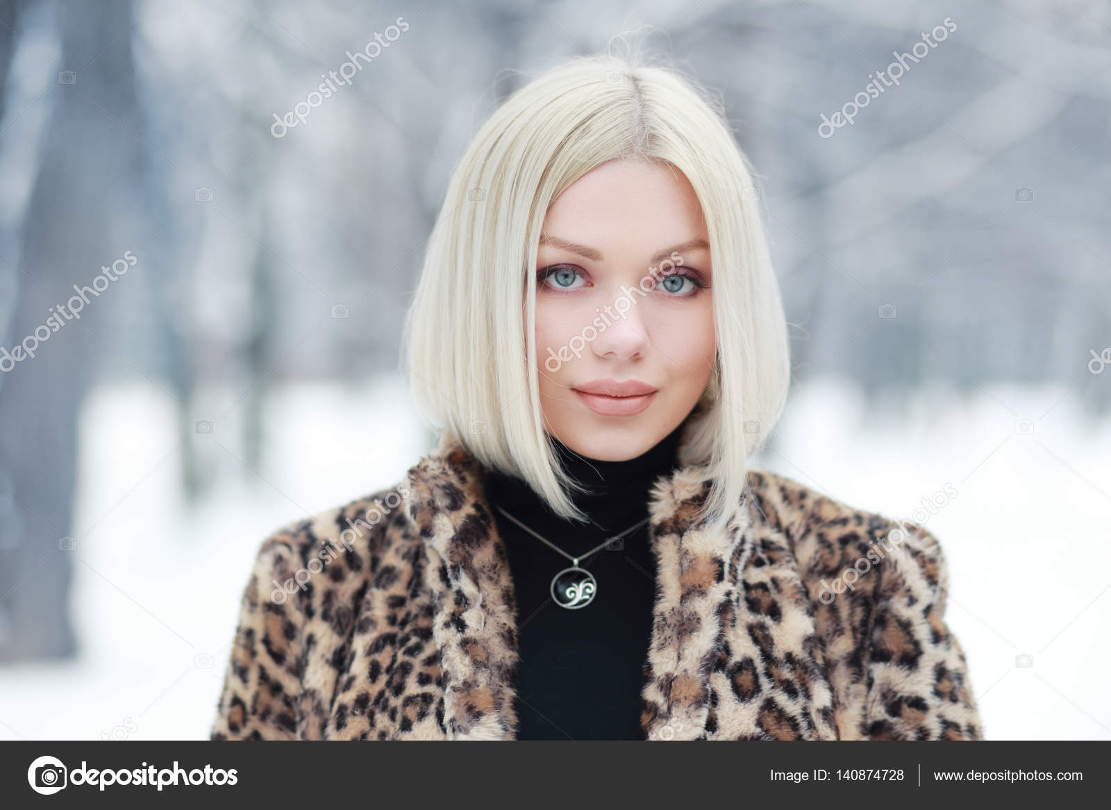 Mujer En En Mujer Peludo Abrigo rrP0wY