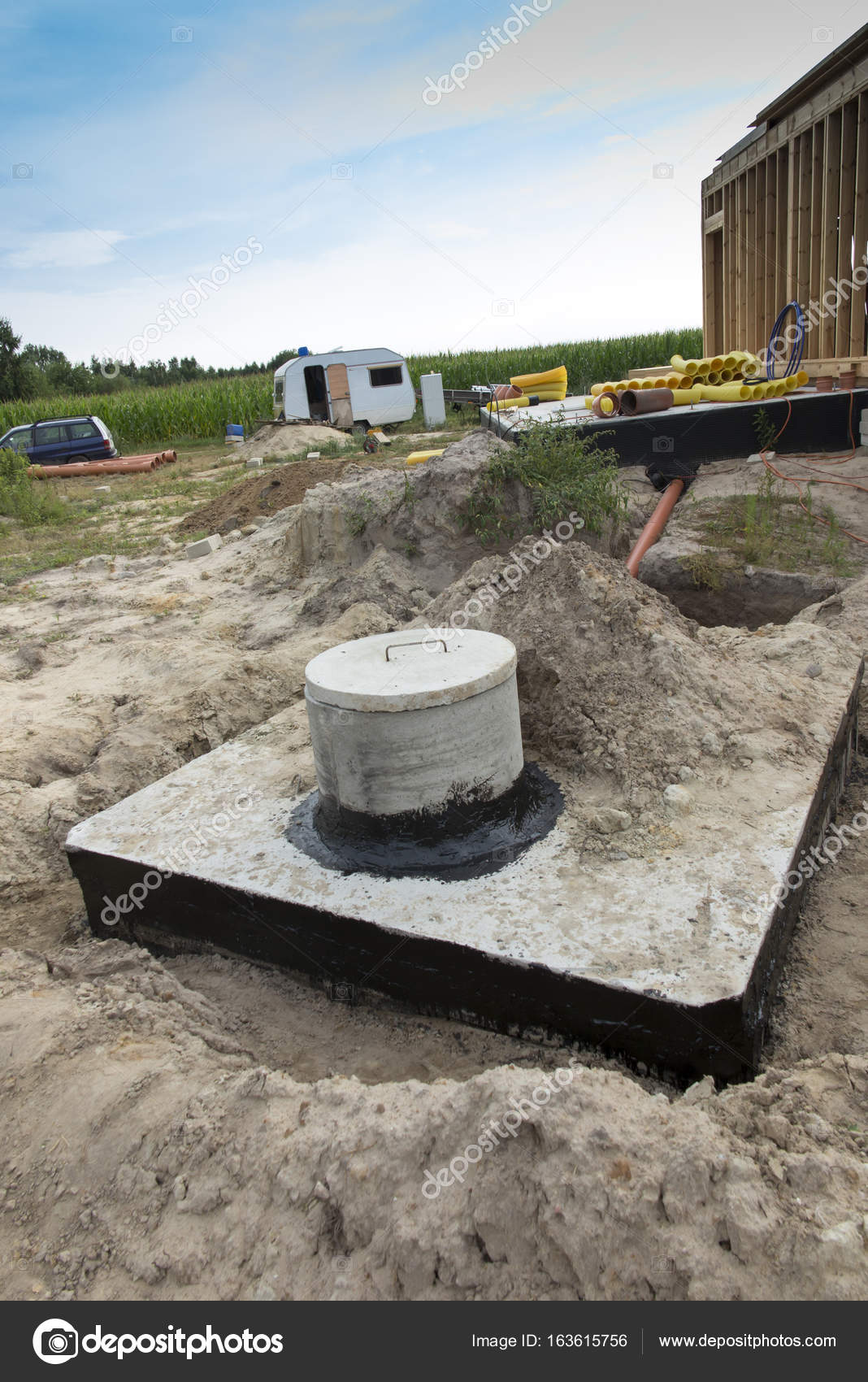 Concrete house cesspit or waste water tank — Stock Photo