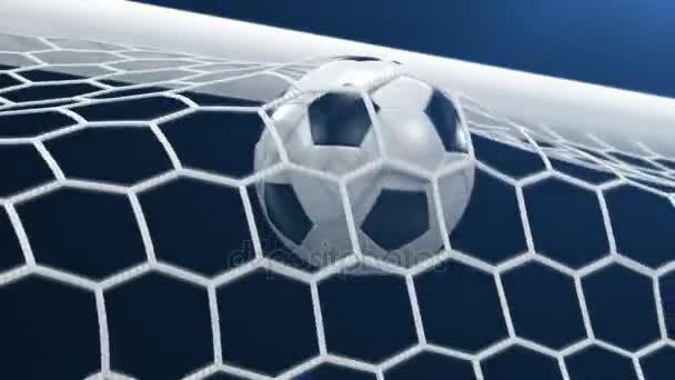 Tor!!! Fußball fliegt auf schwarzem Hintergrund ins Tor