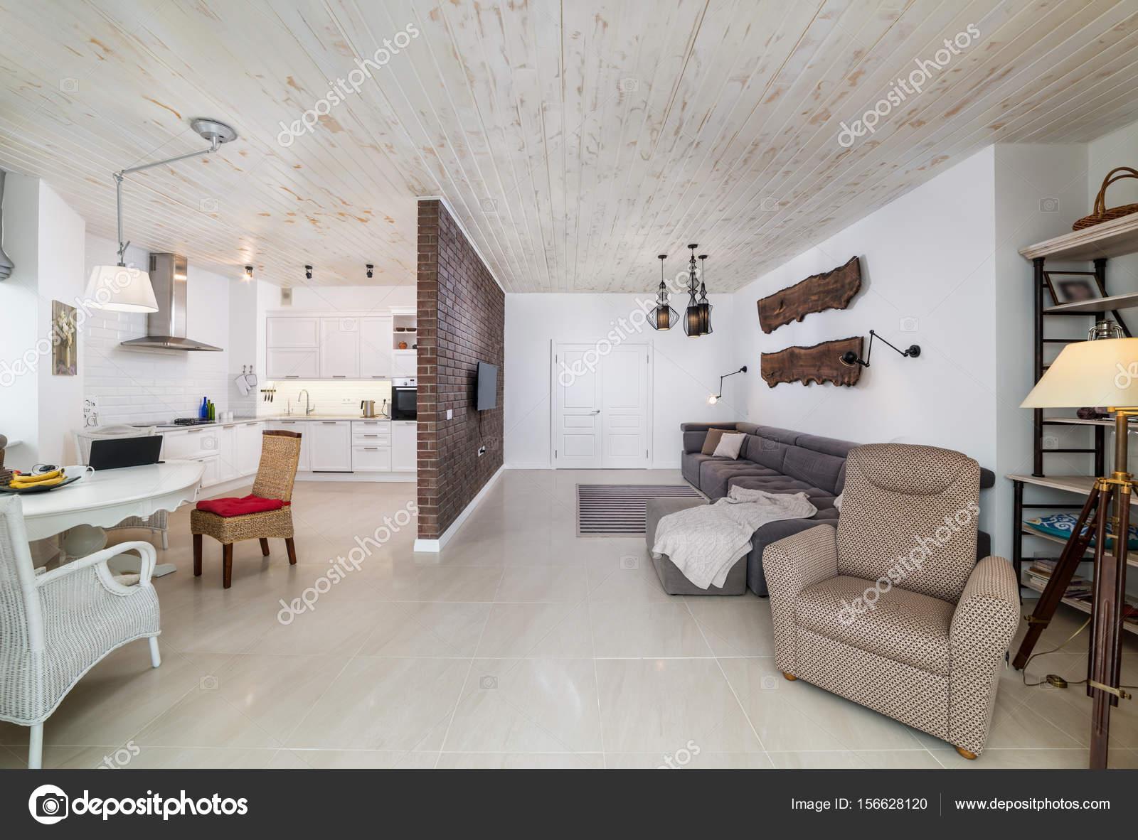 https://st3.depositphotos.com/1014900/15662/i/1600/depositphotos_156628120-stockafbeelding-prachtige-grote-woonkamer-interieur.jpg