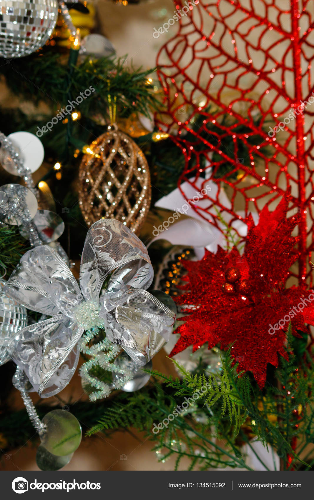 Red White And Silver Christmas Tree.Red White And Silver Christmas Decorations Silver White