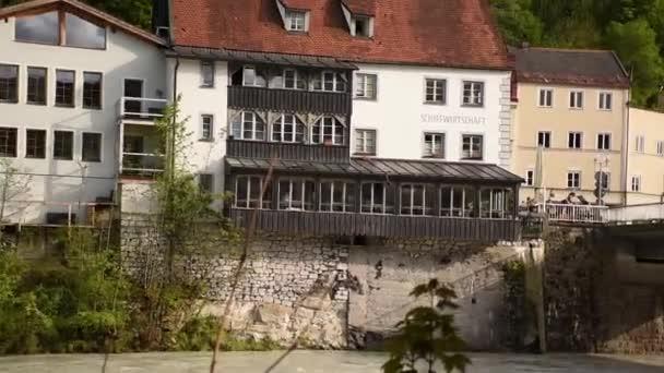 Alte Tudor-Attrappen-Häuser am Lech in Füssen, Bayern