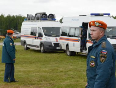 Rescuers at the training ground of the Noginsk rescue center of the Ministry of Emergency Situations during the International Salon