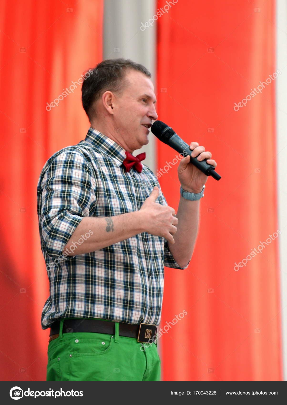 Rock musician Vyacheslav Butusov celebrates his anniversary 10/15/2011 90