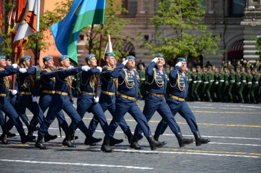 Soldiers Ryazan airborne command school. V. Margelova during the parade on red square in honor of Victory Day