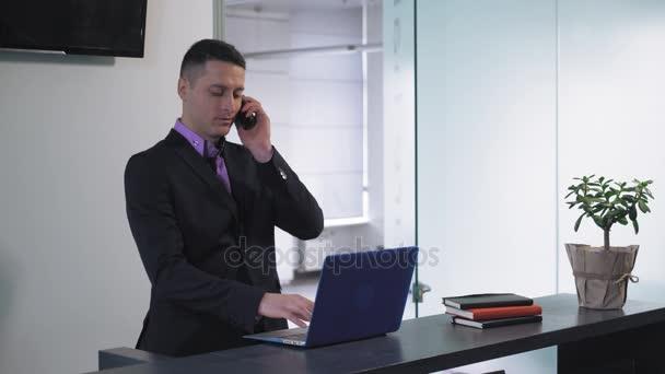 Male secretary at work.