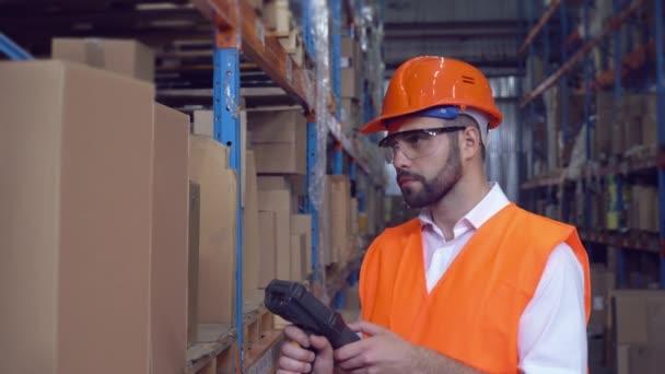 Zaměstnanec načetla čárový kód