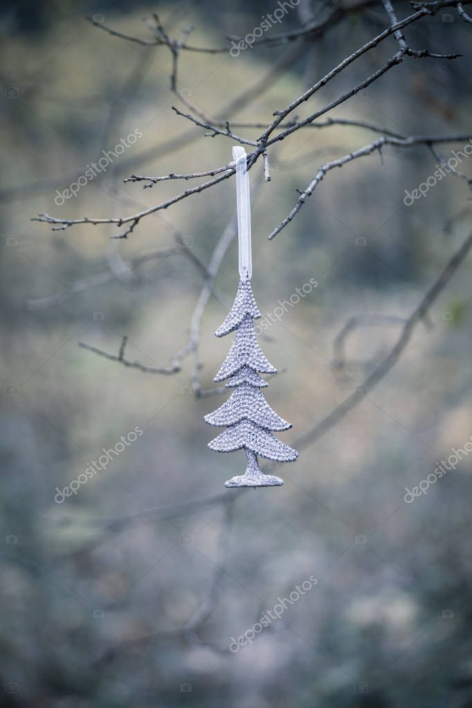 Weihnachtsbaum Ast.Weihnachtsbaum Dekoration Ast Hängen Stockfoto Cokacoka 130213056