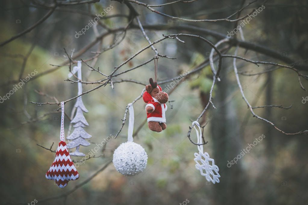 Weihnachtsbaum Ast.Weihnachtsbaum Dekoration Ast Hängen Stockfoto Cokacoka 130216298