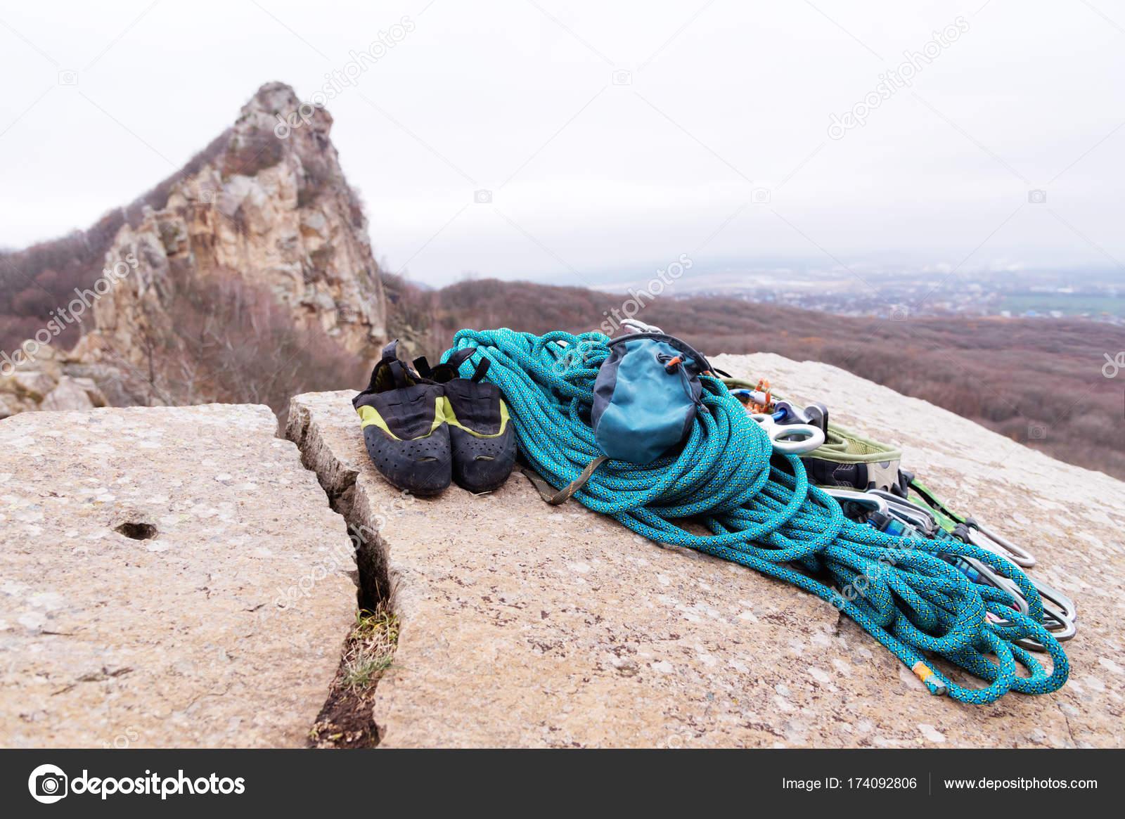 Kletterausrüstung Für Draußen : Kletterausrüstung hartware karabiner co ausrüstung