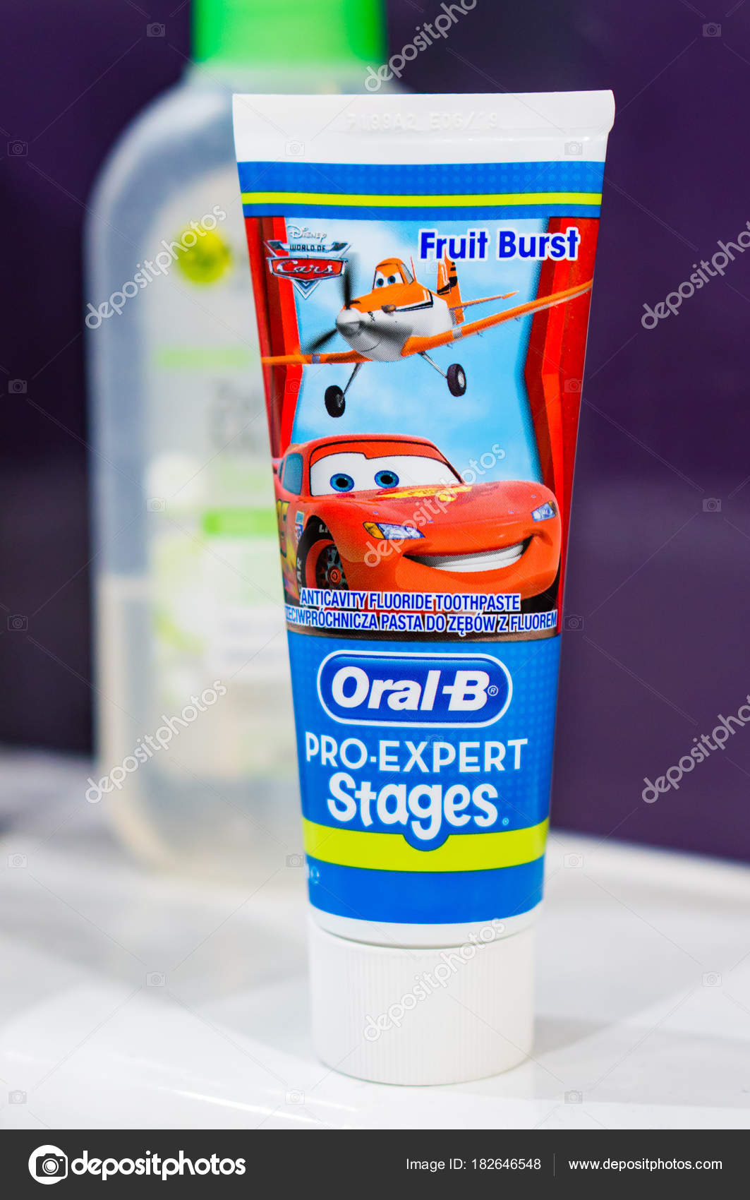 Oral-B child toothpaste – Stock Editorial Photo © 1000wordsimages