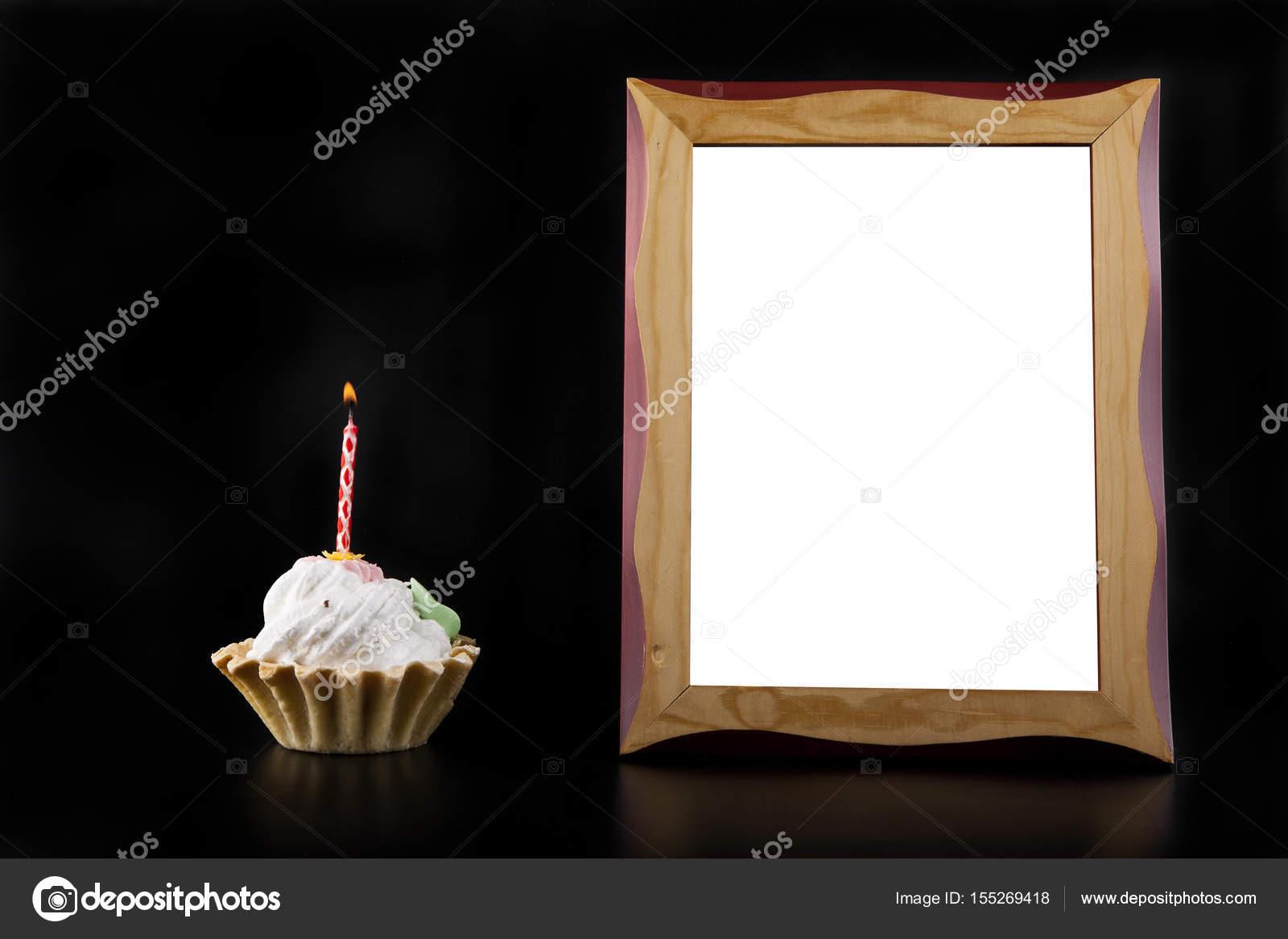 Kuchen mit Fotorahmen — Stockfoto © valzan #155269418