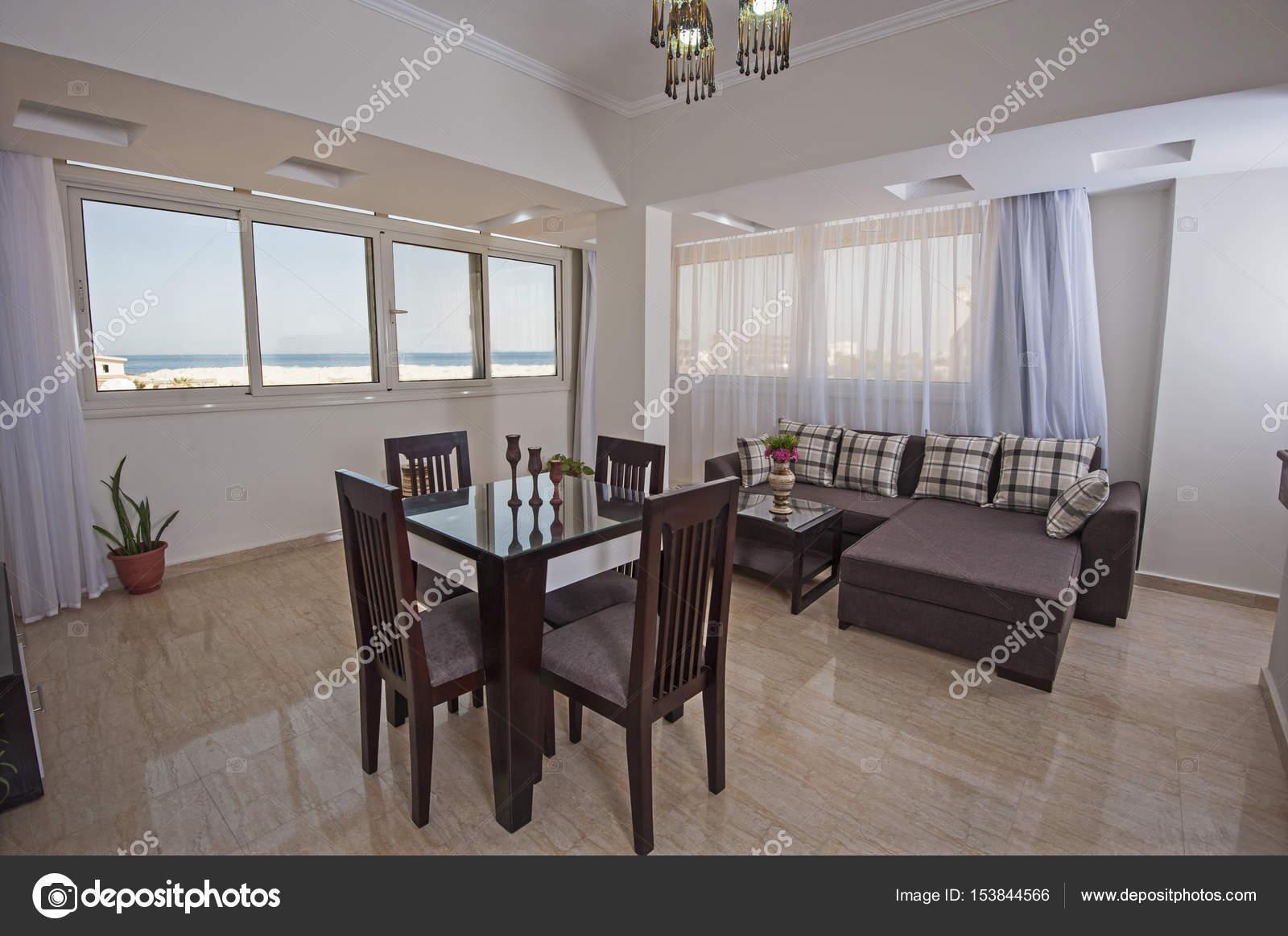 Luxe Interieur Inrichting : Interieurinrichting van luxe appartement woonkamer u stockfoto