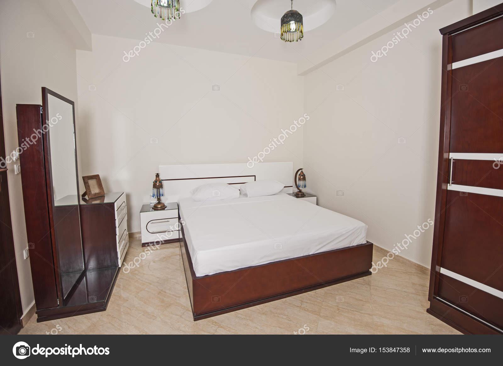 Inneneinrichtung der Zimmer im Haus — Stockfoto © paulvinten #153847358
